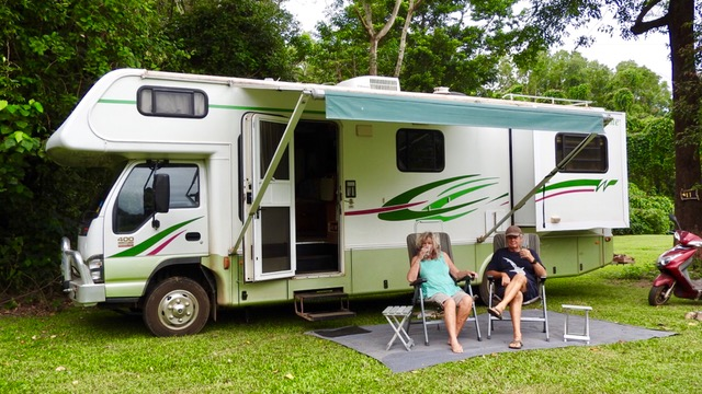 couple-outisde-winnebago