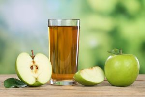 glass-of-apple-juice