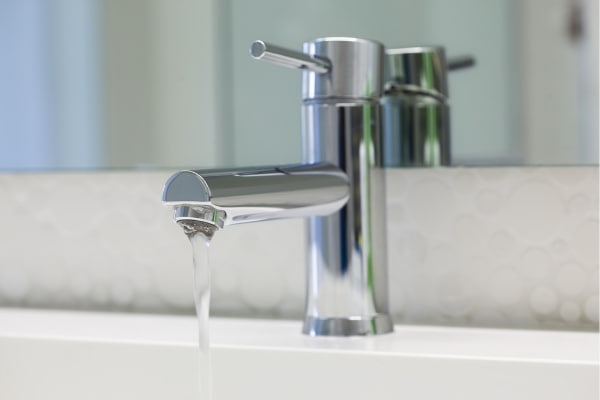 Why filtered water can keep your skin healthy